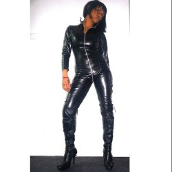 CATSUIT 5639 DOBLE ZIP COLOR NEGRO PIEL TALLA ÚNICA